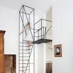 Wireframe staircase in a Milan apartment by Francesco Librizzi.