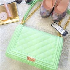BCBG mint green quilted shoulder bag NWT Adorable mint green bag, perfect for summer!!! Don't hesitate to ask questions or make me an offer  BCBG Bags Shoulder Bags