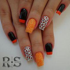 Unhas decoradas com esmalte laranja unhas laranja, unhas pretas, unhas Black Nail Designs, Acrylic Nail Designs, Nail Art Designs, Acrylic Nails, Nails Design, Tea Eggs, Food Backgrounds, Bath And Beyond Coupon, Super Nails