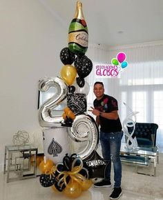 Tips and Trick on Birthday Party Ideas Hubby Birthday, 18th Birthday Party, Balloon Centerpieces, Balloon Decorations Party, Ballon Arrangement, Deco Ballon, Birthday Decorations For Men, Balloon Bouquet, Birthday Balloons