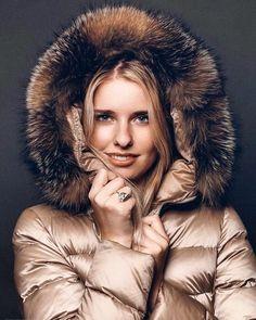 Puffy Jacket, Fur Jacket, Hooded Winter Coat, Winter Parka, Down Suit, Winter Suit, Down Parka, Jacket Style, Moncler