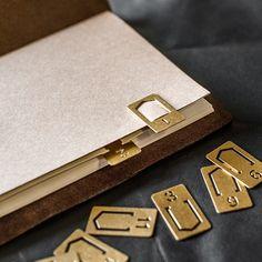Midori Traveler Brass Number Clips (set of 12)