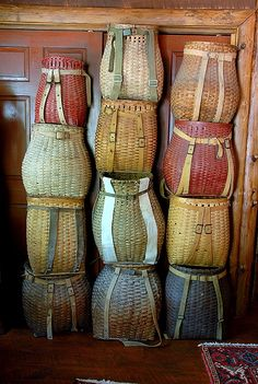 Adirondack Pack Baskets in many shapes and sizes. For sale by Ralph Kylloe Rustic Design of Lake George, NY Bolo Hippie, Rustic Design, Rustic Decor, Rustic Cafe, Rustic Restaurant, Rustic Cottage, Rustic Theme, Rustic Kitchen, Rustic Style