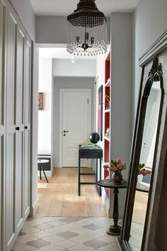 〚 Decorator's apartment with sophisticated decor in Moscow, Russia 〛 ◾ Photos ◾Ideas◾ Design Apartment Entrance, House Entrance, Modern Bedroom Lighting, Apartment Essentials, Interior Decorating, Interior Design, Cool Apartments, Small Spaces, House Design