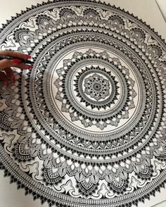 """5,234 Likes, 56 Comments - Asmahan Rose Mosleh (@murderandrose) on Instagram: """"How the process starts. Always work on outlines before you add colour. #murderandrose #mandala //…"""""""