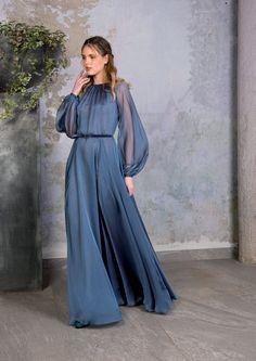 Simple Dresses, Cute Dresses, Beautiful Dresses, Prom Dresses, Modest Fashion, Fashion Dresses, Formal Fashion, Muslim Fashion, Luisa Beccaria
