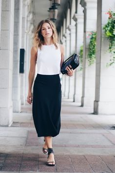 Simplicity makes for one of the best cute summer work outfits