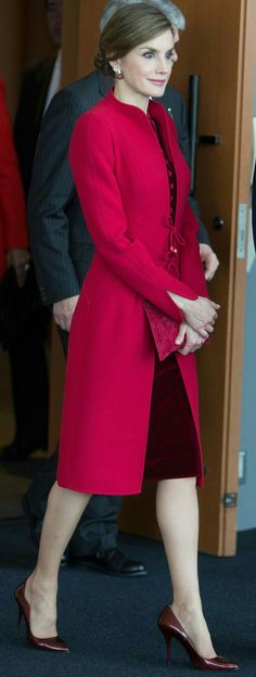 Queen Letizia - Japan - Oriental-inspired coat featuring a raised collar, tulip cuff sleeves and an open front with tie closure'Andrea' coat by Felipe Varela) - crimson velvet dress with button front and a tie at the neck - Felipe Valera red suede flap clutch - Lodi 'Debra' patent heels - dazzling ruby and diamond dove earrings - #red outfit