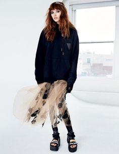 66ec597625979 Grace Hartzel by Patrick Demarchelier for Vogue Russia March 2016 4 Style  Finder