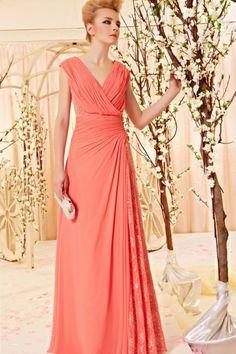 Elégante robe de soirée rose empire pailletée en moussline. http://www.persun.fr/elegante-robe-de-soiree-rose-empire-pailletee-en-moussline-p-6453.html