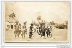 SAMOA - Typical samoan natives shown the tapu headgear - Preparing for the native dance - Suva Suva
