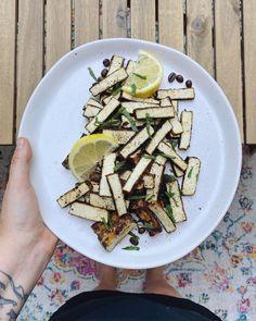 Tempeh, Asparagus, Vegan Recipes, Dairy, Bread, Cheese, Vegetables, Food, Cooking Food
