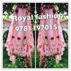 ✨ @reetk516 ✨ Salwar Suits Party Wear, Punjabi Salwar Suits, Punjabi Dress, Punjabi Suits Designer Boutique, Boutique Suits, Beautiful Suit, Beautiful Outfits, New Style Suits, Peacock Embroidery Designs