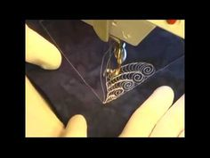 Free Motion Quilting Video - Complex Feather