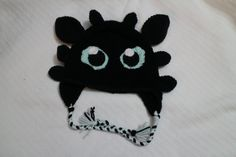 Gifted Paws: Toothless Hat Pattern