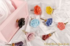 Online ceramic flower shape knobs. Ideal for drawers, cabinets, wardrobes, dressers, and almirah. For more collection visit to our website. Cabinet And Drawer Pulls, Ceramic Knobs, Glass Knobs, Dresser Knobs, Ceramic Flowers, Flower Shape, Dressers, Wardrobes, Cabinets