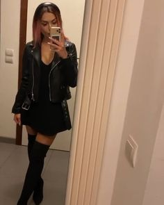Leather Skirt, Lol, Girls, Youtube, Anime, Instagram, Fashion, Moda, Leather Skirts