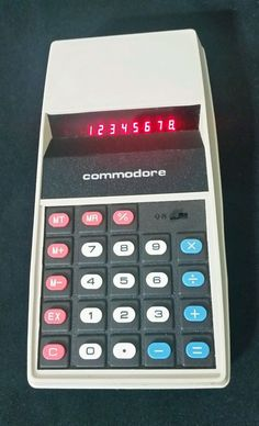 Working Vintage Commodore Electronic Calculator Battery Operated 1975 With Case #Commodore