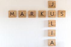 DIY: Scrabble Wall