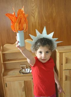 Make a Statue of Liberty Crown and Torch from Paper Plates! Also a link to an online virtual tour of the statue!- Buggy and Buddy