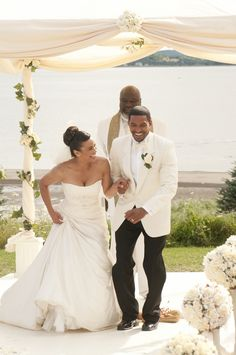 Image from the movie Jumping the Broom. Paula Patton and Laz Alonzo