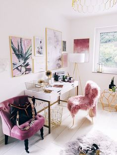 Love this gorgeous pink crushed velvet and gold home office space. || Girly office space ||