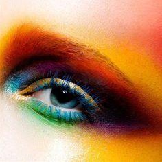 #makeupbypatmcgrath hashtag on Twitter