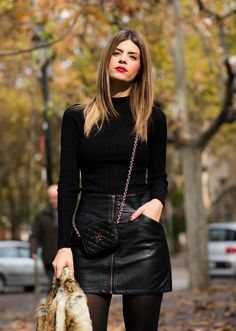 Rock Chic Outfits, Celebrity Casual Outfits, Mode Outfits, Skirt Outfits, Trendy Outfits, Celebrity Dresses, Fashion Fail, Look Fashion, Womens Fashion