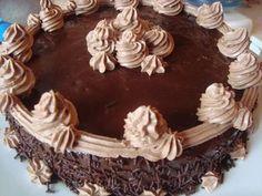 CAIETUL CU RETETE: Tort Amandina Kinds Of Pie, Chocolate Heaven, Mcdonalds, Cheesecakes, Delicious Desserts, Fondant, Appetizers, Cooking Recipes, Pudding