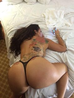 Latina milf with phat booty
