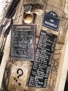 Le Marais, 'Le Baromètre' café, 17 rue charlot, (crossroads of rue Pastrourelle), Paris III