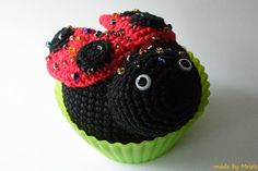 I think that this is so cute!  I am thinking of trying to make this....