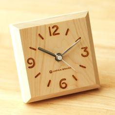 Block clock designed by Yuko Noguchi