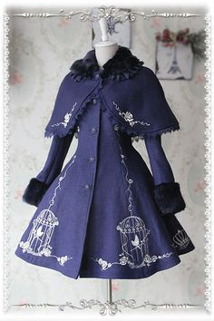 Infanta The Emperor's Nightingale Embroidery Lolita Winter Coat and Cape Set Cute Casual Outfits, Pretty Outfits, Pretty Dresses, Beautiful Outfits, Stylish Outfits, Old Fashion Dresses, Fashion Outfits, Fashion Women, Mode Outfits