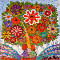 Leena Nio again. Mosaic Crafts, Mosaic Projects, Mosaic Art, Mosaic Glass, Stained Glass, Mosaic Flowers, Mosaic Madness, Plant Art, Color Of Life