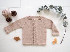 Free Knitting Pattern for 3 Year Old Cardigan Cardigan Au Crochet, Cardigan Bebe, Baby Cardigan Knitting Pattern Free, Baby Knitting Patterns, Baby Patterns, Sweater Patterns, Hat Crochet, Crochet Pattern, Stitch Patterns