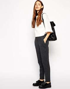 I just love rocking trousers day in and day out. These grunge-inspired bad boys are the perfect day-to-night pair… SO versatile! http://asos.to/1n39e7T