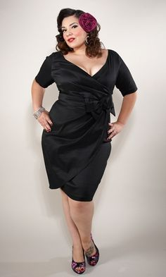 <3 Full Figured Fabulous ladies... this dress is FAB!   *please be thoughtful when posting on this site that its not ALL size 0, thanks!