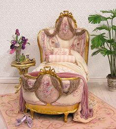 Beautiful bed by June Clinkscales