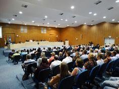 A Prefeitura de Timbó, através da Secretaria de Planejamento, Trânsito e Meio Ambiente e do Conselho da Cidade, realizou ontem, dia 22, no Plenário da Câmara de Vereadores, a Audiência Pública sobre a Revisão da Lei Complementar nº 345/2007