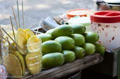 Top 10 Filipino street foods - green mango Pinoy Street Food, Filipino Street Food, Pinoy Food, Filipino Food, St Food, I Want To Eat, Filipino Recipes, Cravings, Mango