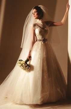 Noiva: Karine Rodarte  Vestido: Fernando Peixoto  Foto: Estúdio Maria Célia Siqueira