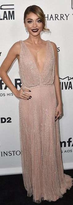 Who made Sarah Hyland's pink sequin gown?