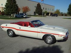 1970 Dodge Challenger R/T Convertible Dodge Muscle Cars, Best Muscle Cars, American Muscle Cars, Dodge Srt, Dodge Challenger, 70 Chevelle Ss, Chevy Camaro, Chrysler Hemi, 1968 Dodge Charger
