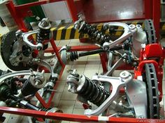 inside the Ferrari factory My Dream Car, Dream Cars, Battery Lights, Ferrari F1, F1 Racing, Sport Cars, Robot, Garage, Passion