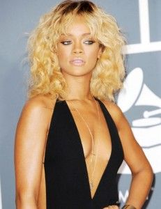 """Because of illness, Rihanna was obliged to cancel her Sunday night show that was scheduled to take place at TD Garden in Boston, Massachusetts. In a statement, her tour promoter Live Nation said """"Unfortunately, following her sold out concert on Friday, Rihanna has contracted laryngitis and per doctor's instruction is unable to perform this evening"""". http://www.ticketsinventory.com/blog/because-of-illness-rihanna-cancelled-a-boston-show/"""