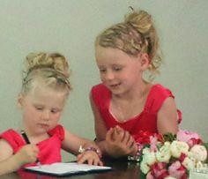 Bruidsmeisjes haar