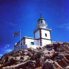 #grecia #greece #ios #lighthouse #faro #cicladi #cyclades #egeo #maregeo #cielo #sky #patrikbertoldo #videorizzonti #iphon4 #scogliera #cliff