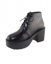 BLACK LACE-UP ANKLE BOOTS WITH BLOCK HEEL