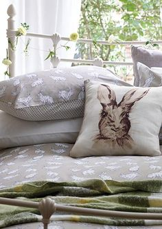 Love the bunny. Irish Cottage, Cozy Cottage, Fresh Farmhouse, Diy Pillows, Interior And Exterior, Sweet Home, New Homes, House Design, Inspiration